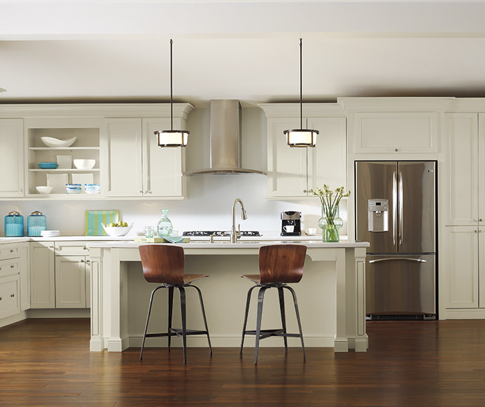 Off-White Kitchen Cabinets - Diamond Cabinetry